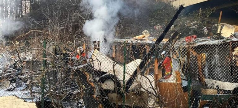 Incendie dans un bidonville  entre RN19 et RN406 à Bonneuil-sur-Marne