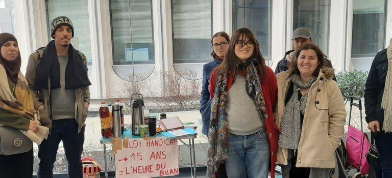 Handicap en Val-de-Marne: les aidants ont manifesté à Créteil