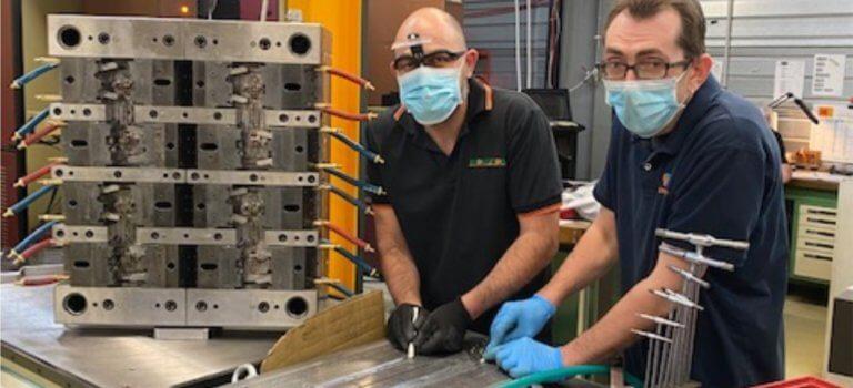 Protection coronavirus: à Périgny-sur-Yerres, Microplast lance une production quotidienne de 2500 visières