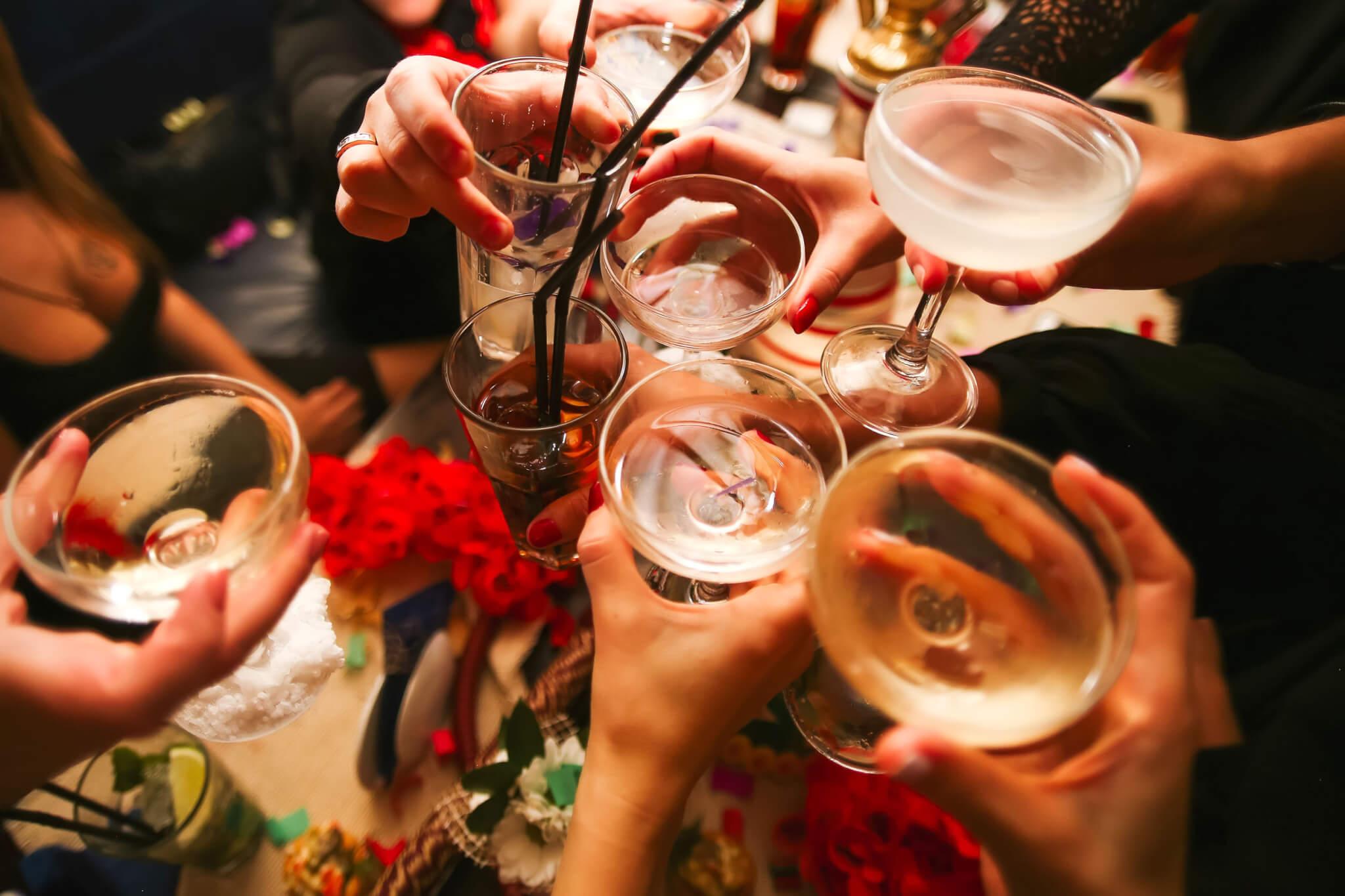 Déconfinement: qu'est-ce qu'on attend pour faire la fête?