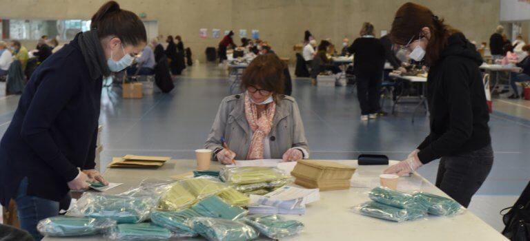 Quand l'Etat ergote sur le financement des masques: les maires du Val-de-Marne furieux