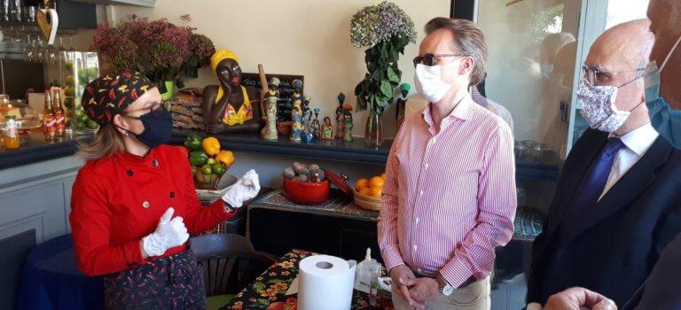 Charenton-le-Pont: le restaurant Tupinamba sauvé par la vente à emporter