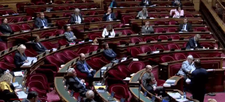 Le Sénat rejette le plan de déconfinement : vote des élus du Val-de-Marne