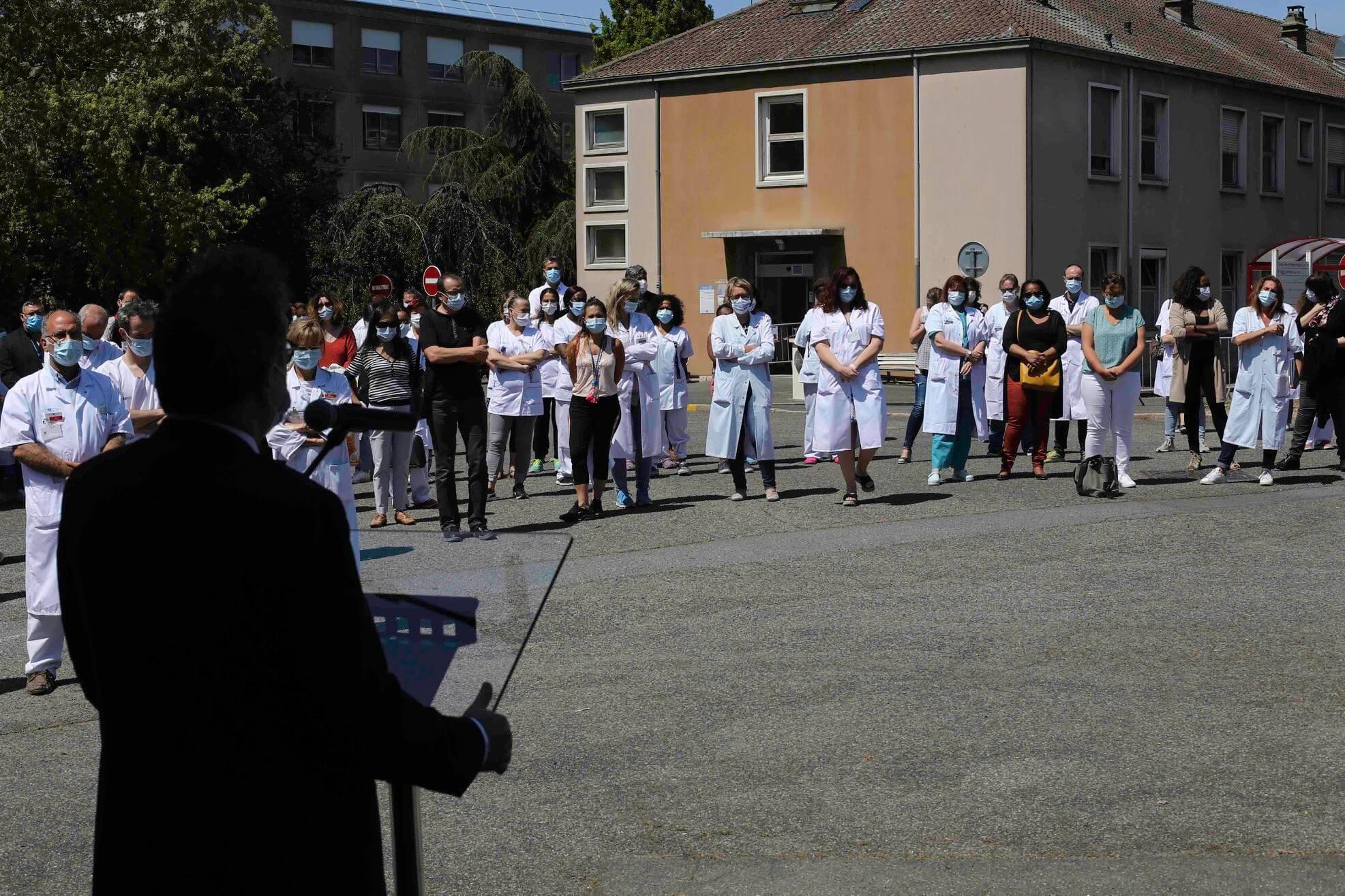 Créteil: décédée du Covid, l'infirmière Reine Melesan donne son nom au nouveau bâtiment de l'hôpital Mondor