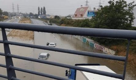 Inondations à Boissy-Saint-Léger: la RN 19 transformée en lac