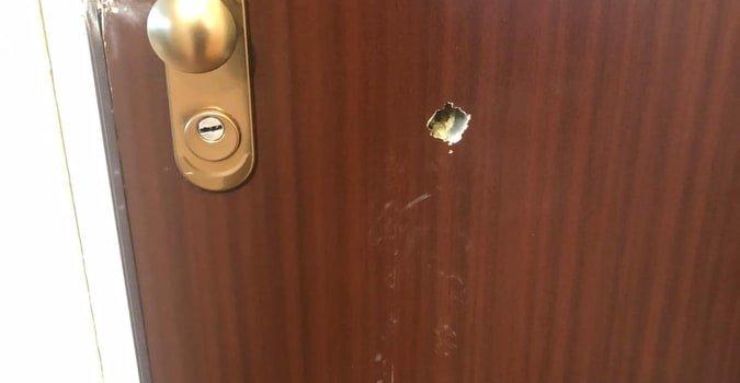 Saint-Maur-des-Fossés : des coups de feu contre la porte d'un appartement