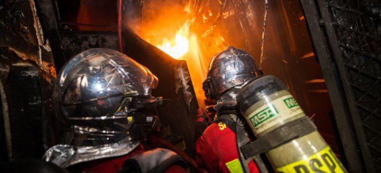 Vincennes: après l'incendie meurtrier, la chaîne de solidarité s'organise