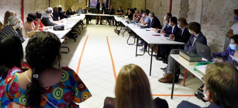 Val-de-Marne: le mouvement radical se structure pour asseoir son influence
