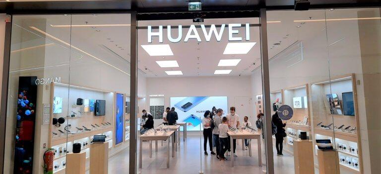 Huawei ouvre à Créteil Soleil