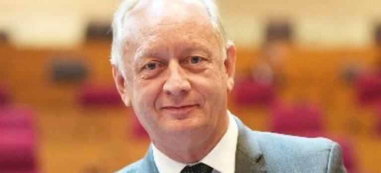 Election polémique d'Eric Cesari à la présidence du Syctom