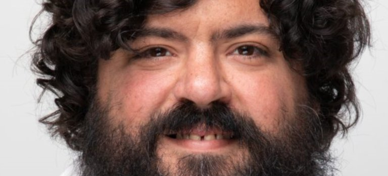 Ivry-sur-Seine: l'adjoint Mehdi Mokrani (PCF) quitte l'exécutif municipal