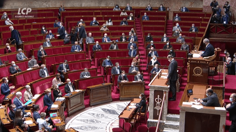 Passe sanitaire : comment ont voté les députés du Val-de-Marne