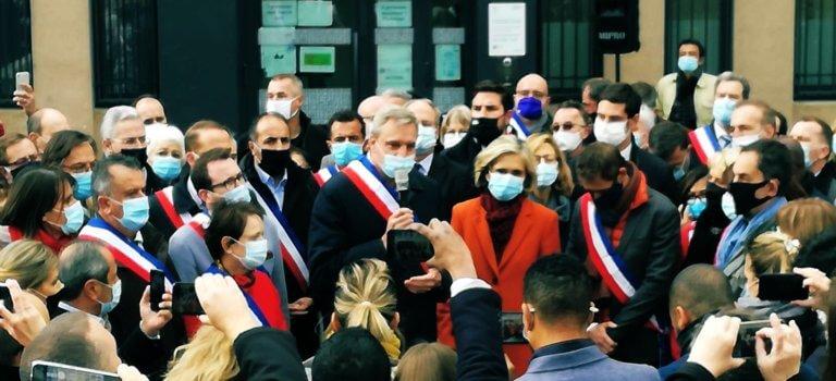 Champigny-sur-Marne: une centaine de maires se sont rassemblés au Bois l'Abbé