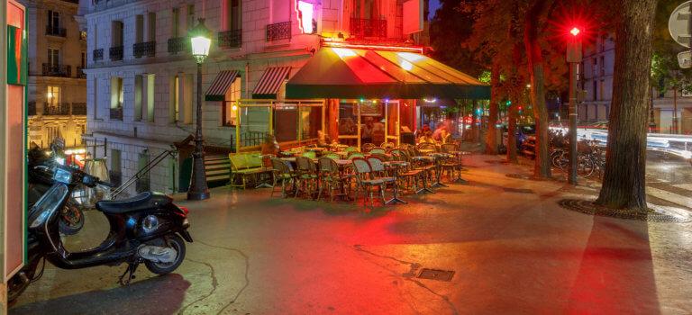 Paris: livraisons et vente à emporter interdites après 22 heures
