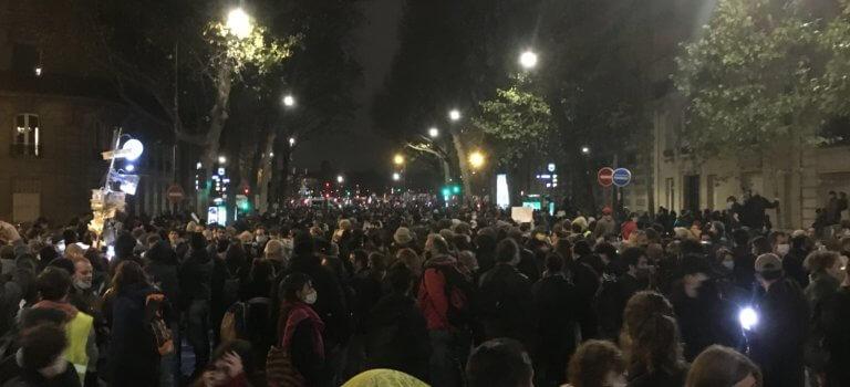 Paris: manifestations suivies contre la loi de Sécurité globale