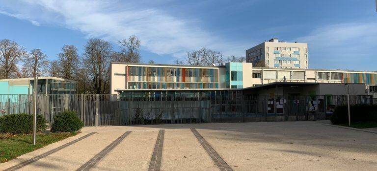 Cité verte à Sucy-en-Brie: première rentrée masquée