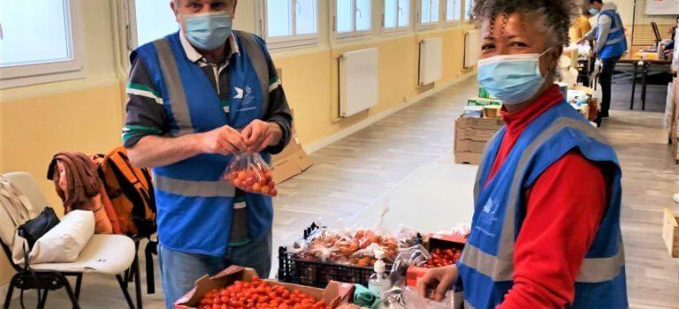Bonneuil-sur-Marne: le Secours populaire fait front à la crise sociale qui dure