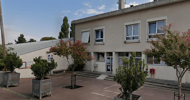 Orly : parents et mairie veulent fermer l'école Moulin après 5 cas de Covid