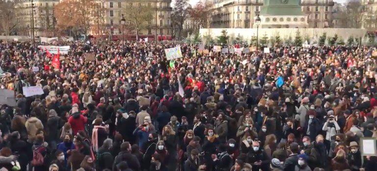 Paris: manifestation suivie pour réclamer la réouverture des lieux culturels