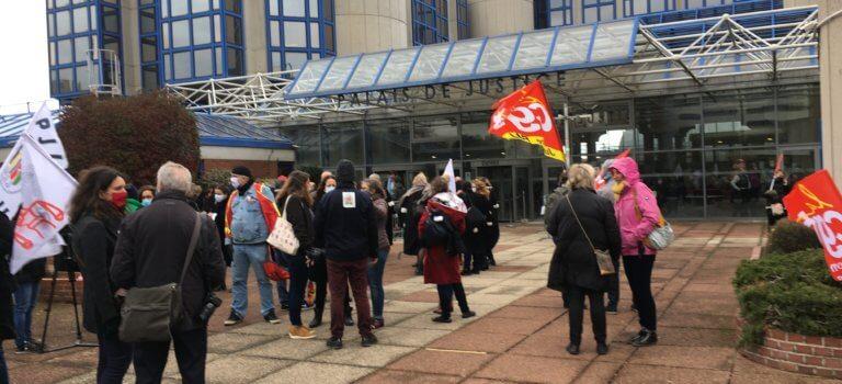 Bobigny: mobilisation contre la réforme de la justice des mineurs