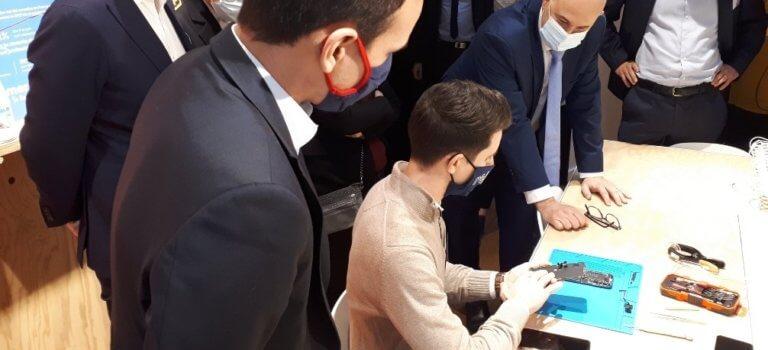 Gentilly – Recommerce: comment le vendeur de smartphones reconditionnés s'est converti au télétravail