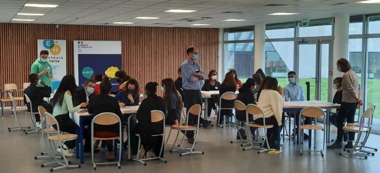 Gennevilliers: première Journée de la vie lycéenne au lycée Galilée