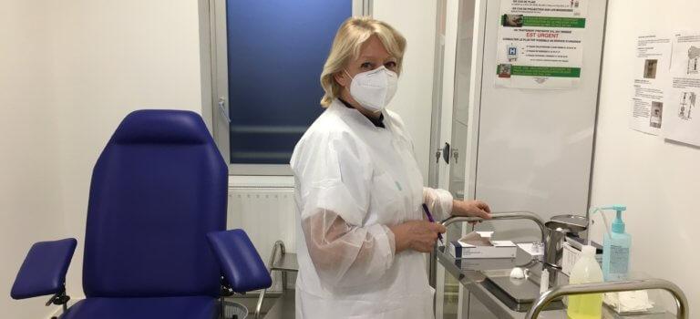 Vaccin Covid : à La Courneuve, le Centre Municipal de Santé ne désemplit pas