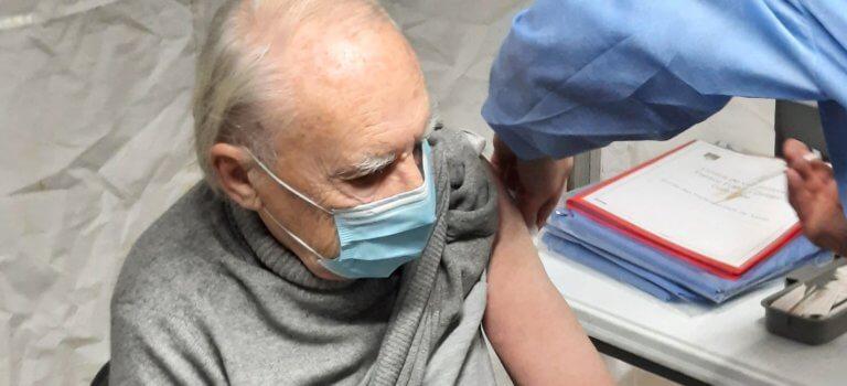 Premières vaccinations contre la Covid-19 à Asnières-sur-Seine
