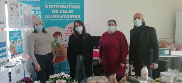 Distribution alimentaire solidaire à Thiais