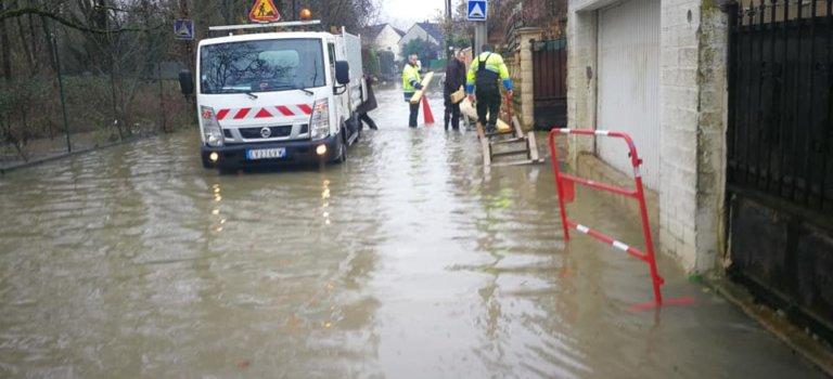 L'Yerres déborde, la Seine et la Marne montent: crue en Val-de-Marne