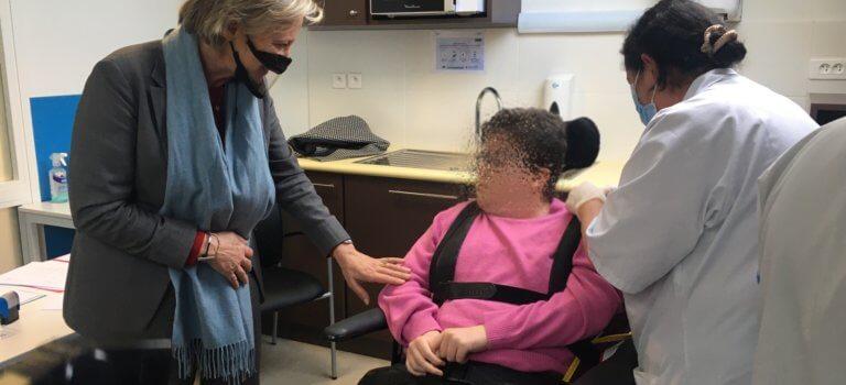 Val-de-Marne: les structures d'accueil pour handicapés commencent à vacciner