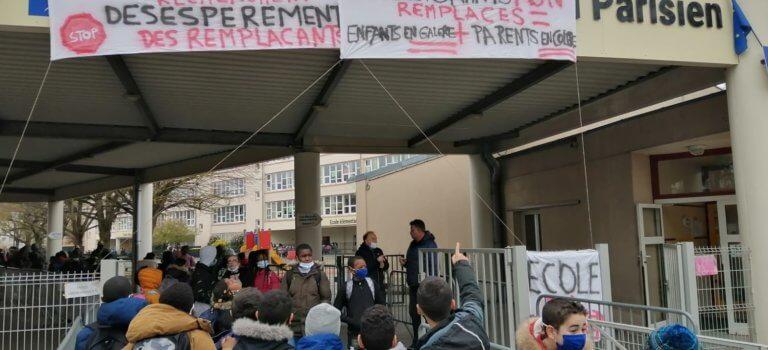 L'Haÿ-les-Roses : rassemblement devant le groupe scolaire Jardin Parisien