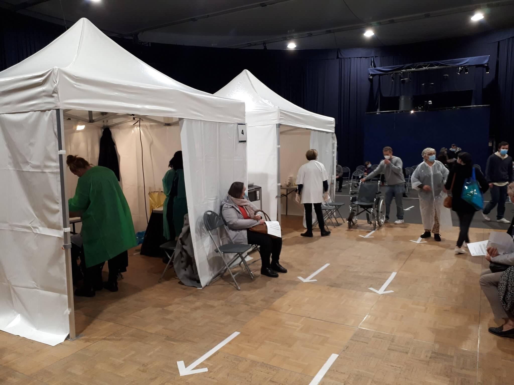La vaccination prend de l'ampleur en Val-de-Marne