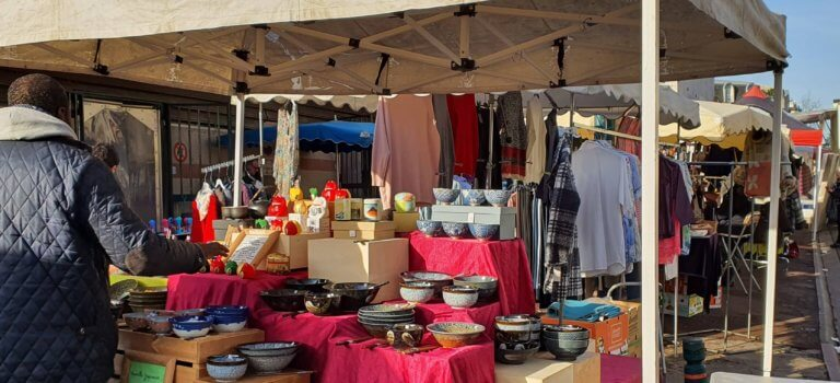 Nogent-sur-Marne: le maire réautorise les commerces, mais en extérieur