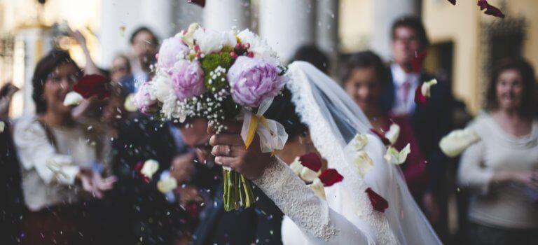 Essorés par la crise sanitaire, les professionnels du mariage se fédèrent