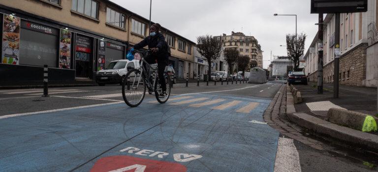 Vélo en Ile-de-France: le projet de RER V accélère