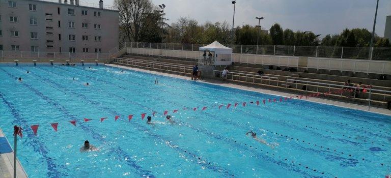 A Villejuif, la réouverture de la piscine en plein air réjouit