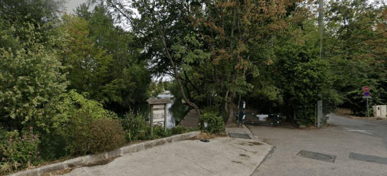Créteil : la mamie en Twingo finit sa course dans la Marne