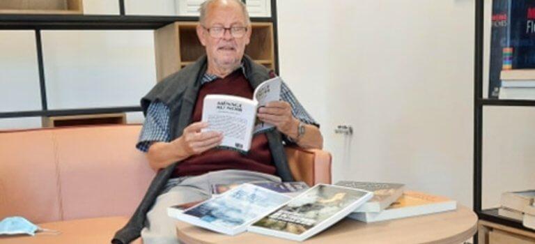 Créteil: Jacques Juillet, l'écrivain octogénaire qui court après sa mémoire