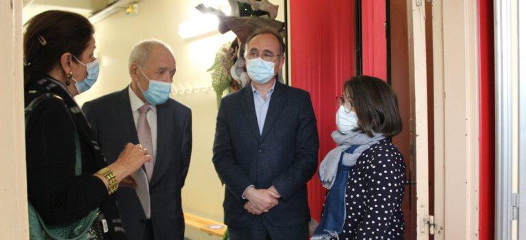 Le centre de vaccination de Créteil inaugure ses nocturnes