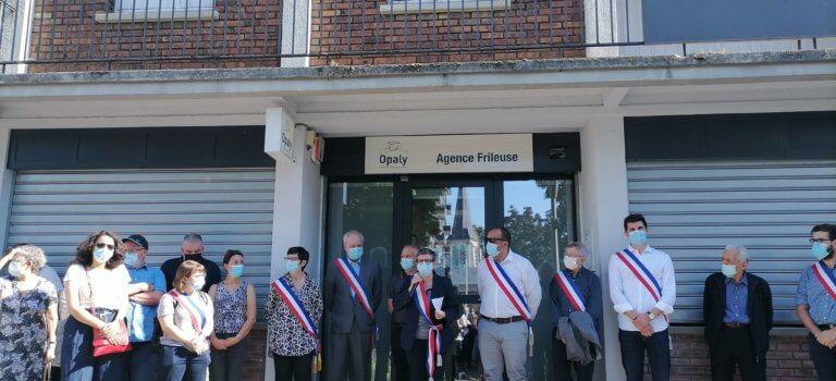 Solidarité après l'agression d'un agent de l'office HLM à Gentilly