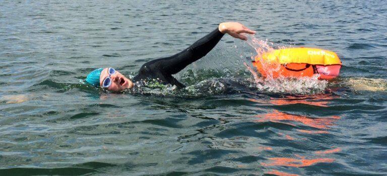 Choisy-le-Roi: le plan d'eau du parc des sports prêt pour la nage libre