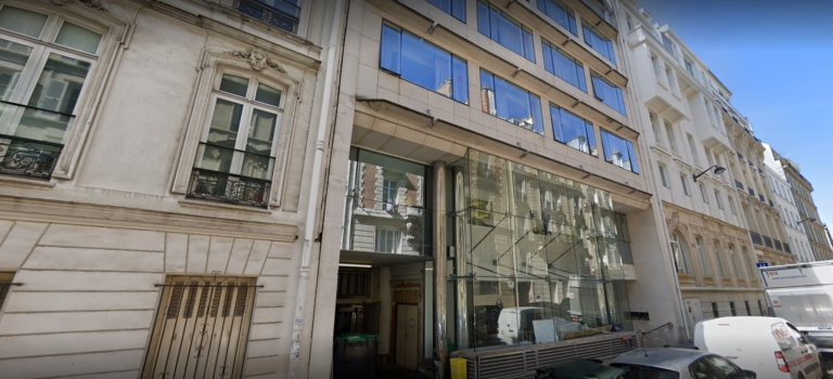 Paris: la clinique Turin paralysée par une grève