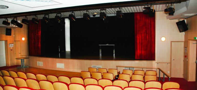 A nos adultes: spectacle au théâtre de l'Abbaye à Saint-Maur-des-Fosssés