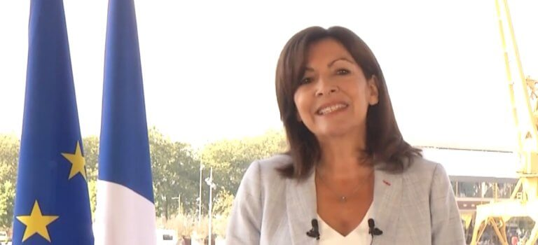Paris: Anne Hidalgo officiellement candidate à la présidentielle