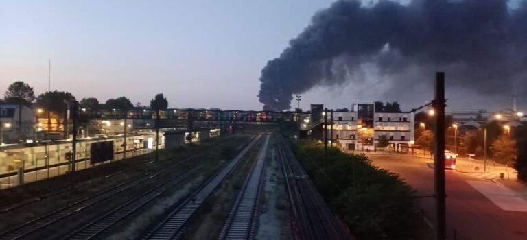 Sucy-en-Brie : incendie d'entrepôt dans la Zac Sablière